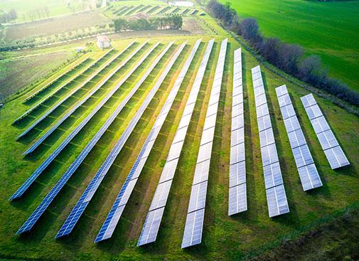 Urbainity CO2 Ausgleich durch Photovoltaik Freiflächenanlagen
