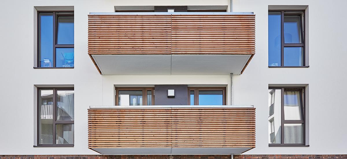 Holzbau bei den Balkonen im Projekt Alsterberg